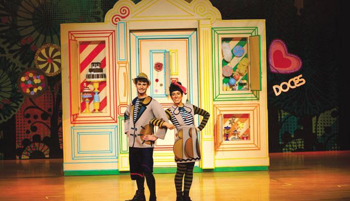 """Cena de """"João e Maria"""", que começa às 16h no Teatro Virgínio Ometto (Foto: Samuel Merighita Silva)"""