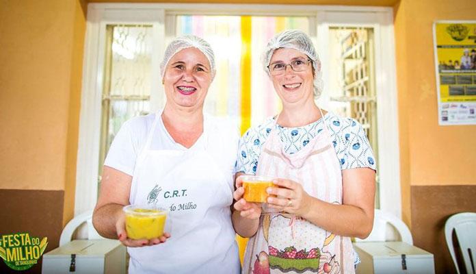 Evento traz pratos servidos à base de milho, almoço com porco no rolete e shows musicais (Foto: Facebook do Centro Rural de Tanquinho)