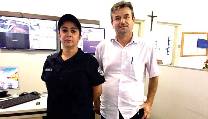 Simone Rizzo e Célio Rodrigues apresentam números da corporação (Foto de arquivo, em registro anterior à pandemia do coronavírus) (Foto: Divulgação)